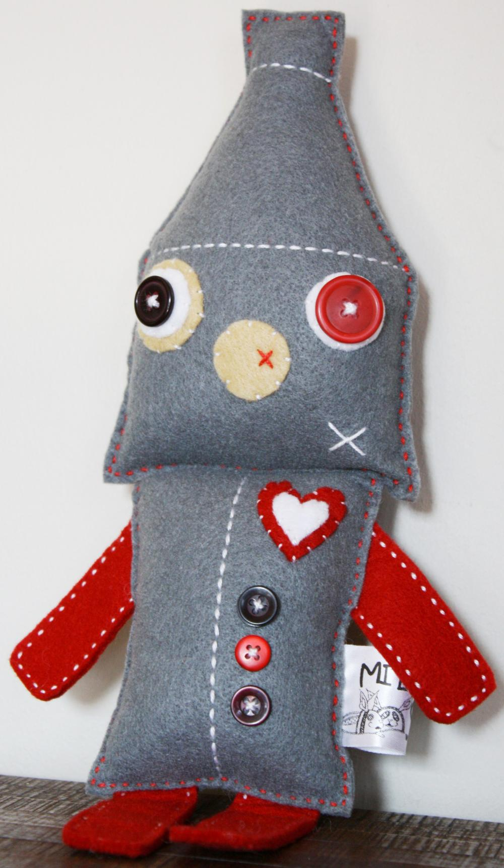 BOO!beloobie Tinker the Tinman (Robot) in Grey, Red, white and cream with button and stitch detail
