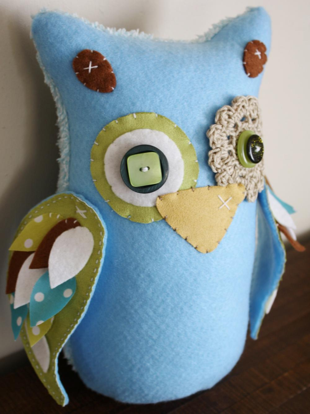 BOO!beloobie Large Orli the Owl in Blue, Green, Chocolate Brown, Cream and white with feather detail on wing Woodland theme