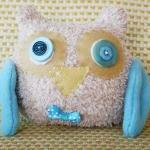 BOObeloobie Orli the Owl in Blue, Cream and a yellow beak with wing detail